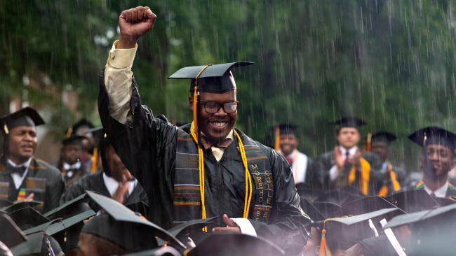 obama_morehouse-graduates-16x9