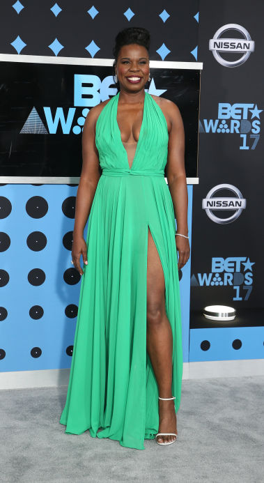 Last but certainly not least, the woman of the evening, Leslie Jones wore a custom gown for the pre-show. She was honest in admitting that she didn't know how to dress herself, so she picked a color and her stylist did the rest.